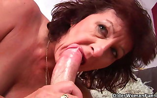 Grandma near muted pussy sucks his pussy creamed load of shit